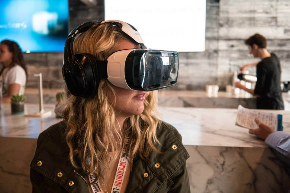 Here's Why Developers Should Start Focusing On Virtual Reality Apps